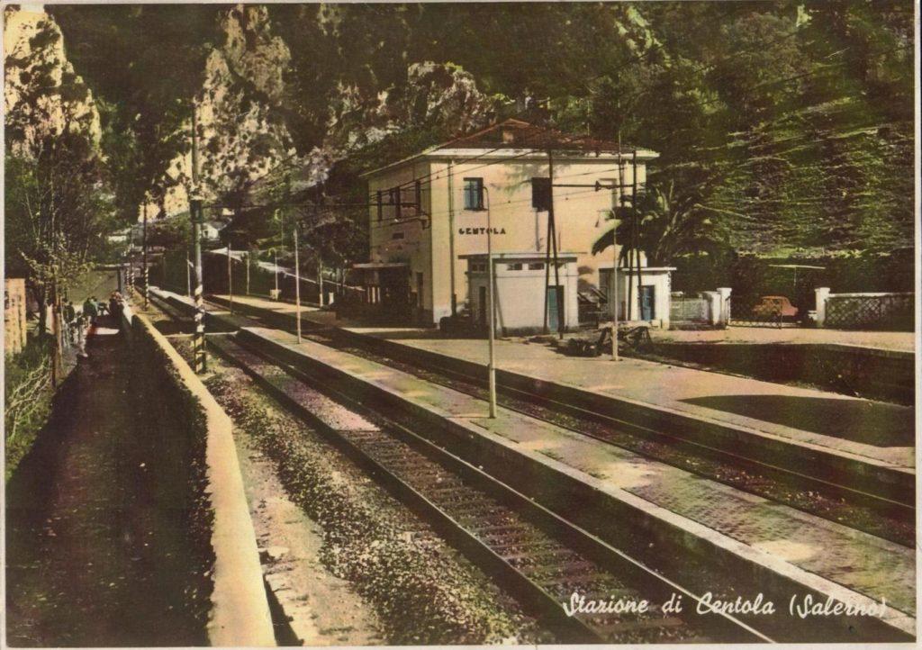 foto stazione Centola Anni 50